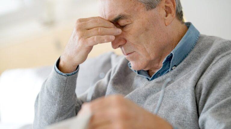 a-men-feeling-weak-having-strain-or-spasm-or-headache | Feature | Why Men Die First Top X Health Causes