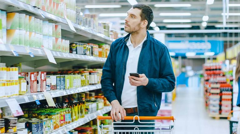 A man finding food according to his Calories Plan | feature | Step by Step Guide on How to Track Your Macros